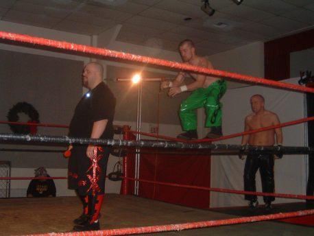 Shamus O'Flannery & Michael Morbid goes for a sneak attack on former LWA Champ Jordan Lacey