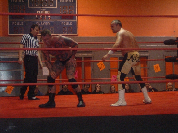 Mike Masters had Curly reeling early in the match, but Curly proved that he has what it takes to beat one of the best in AAPW.