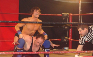 Nick Tyson struggles to defend a submission from Mike Sydal- Photo Credit Kari Williams