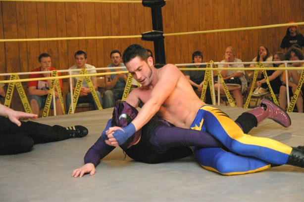 Ryan Slade attempts to make Brimstone tap. (Photo Credit: Mike Van Hoogstraat)