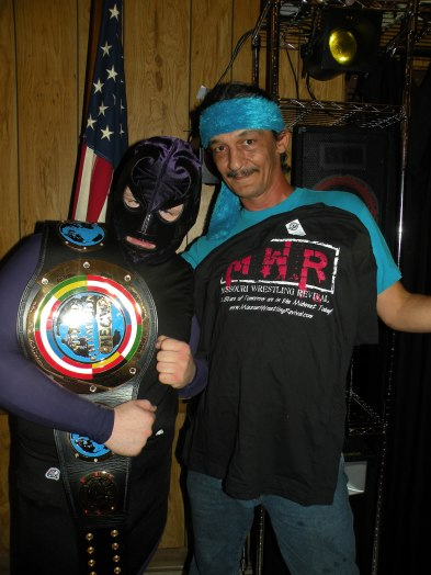 "MECW Independent Champion Gabriel Brimstone and MWR T-shirt Winner Fuzzy Hat member ""Indian"" (Photo Credit: Brian ""Flair"" Kelley)"
