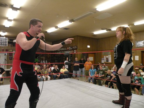 "Sean Vincent urges Mickie Knuckles to ""wise up and leave the ring"" (Photo credit Brian ""Flair"" Kelley)"
