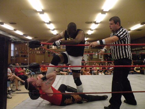"Eric Allen went at Max Archer with a vengeance from the start. (Photo credit Brian ""Flair"" Kelley)"