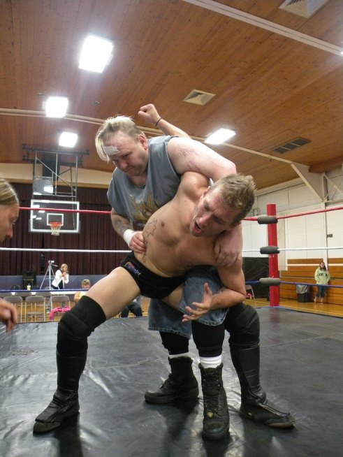 "Ian Rotten attempts puts to stretch Dingo into submission.(Photo Credit Brian ""Flair"" Kelley)"