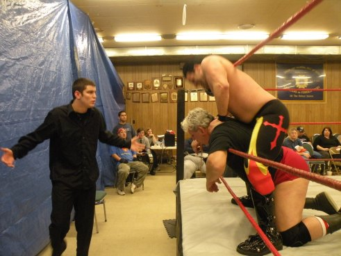 "Nathan Orton stands up for his dad. (Photo Credit Brian ""Flair"" Kelley)"